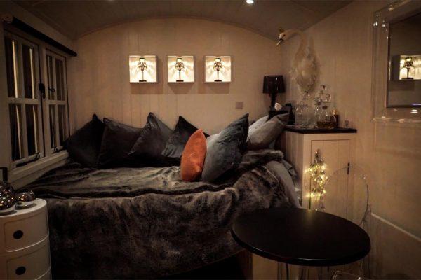 erotic-treatments-medical-mistress-cornwall-accommodation-image-3